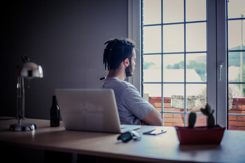 STOP ISELJAVANJU Kako promijeniti razmišljanje i ostvariti uspjeh u Hrvatskoj mirko logožar savjet ostaše projekt savjeti poduzetnik u hrvatskoj