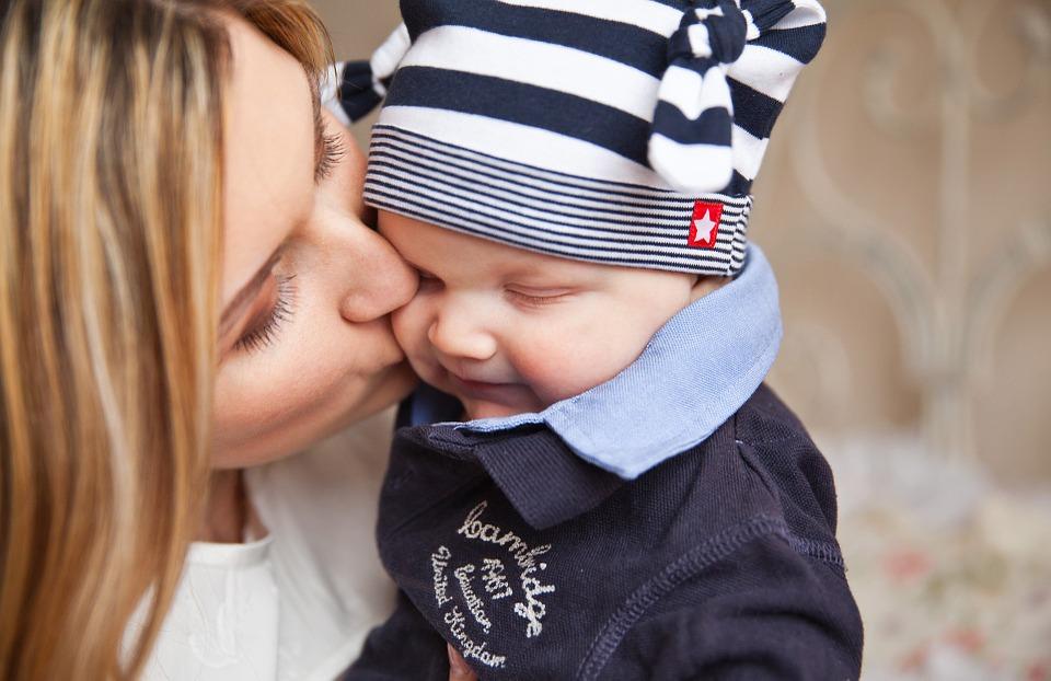 Može li moderna žena istovremeno biti uspješna mama i poslovna žena mama poduzetnica uspješna mama posao obitelj uskladiti obaveze finjak portal pravi momenat