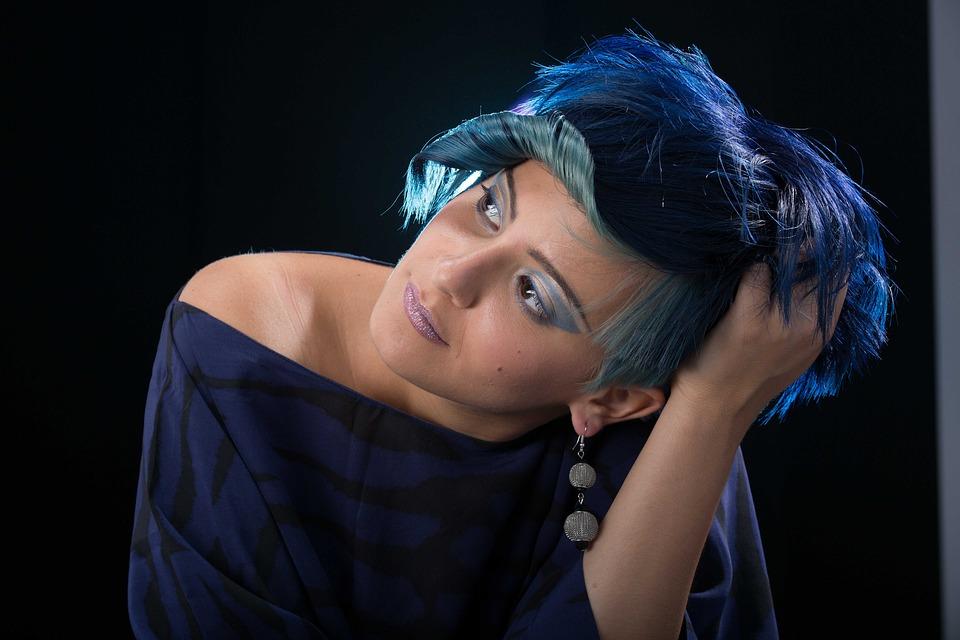 TRENDY FRIZURE Koje će ženske frizure biti najpopularnije u ljetnim mjesecima finjak portal finjak net ludnica boje