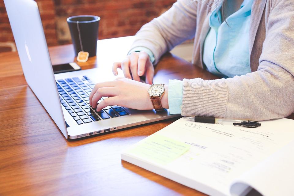 Može li pisanje bloga stvoriti nove poslovne prilike teatime portal finjak intervju blogerica biznis savjeti ideje za blog savjeti pisanje