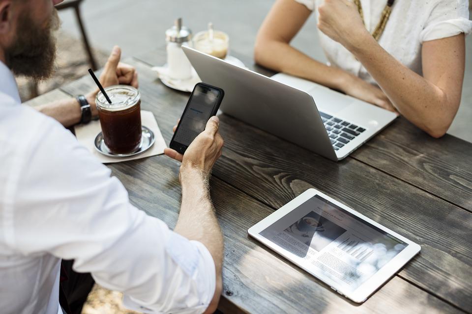 Može li pisanje bloga stvoriti nove poslovne prilike teatime portal finjak intervju blogerica biznis savjeti ideje za blog savjeti poslovna suradnja